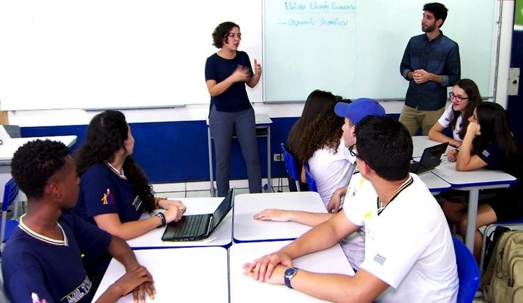 Resultado de imagem para Escolas públicas reprovaram 2,6 milhões de alunos em 2018, diz Unicef